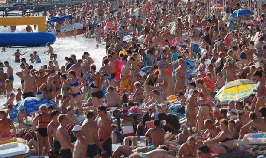 Только 15% туристов выбирают отдых в России