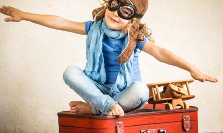 Выезд несовершеннолетних за рубеж. Эти правила необходимо знать